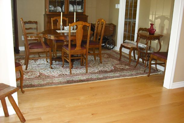 finished wood flooring dining room